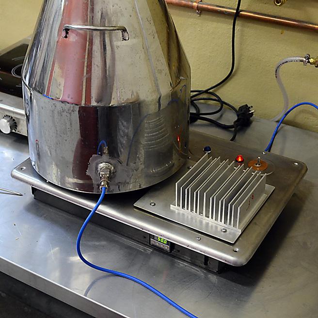 absinthe-hotplate-656-JNH_4097.jpg
