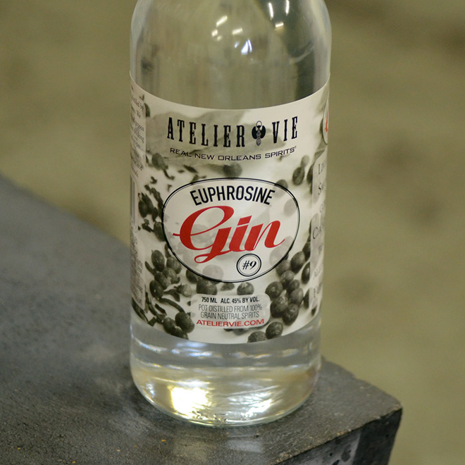 660-Euphrosine-Gin-#9-bottle-JNH_6064.jpg
